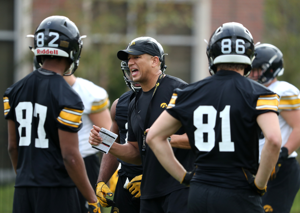 Iowa Hawkeyes special teams coordinator LeVar Woods runs a drill during practice for the 2019 Outback Bowl Friday, December 28, 2018 at the University of Tampa. (Brian Ray/hawkeyesports.com)