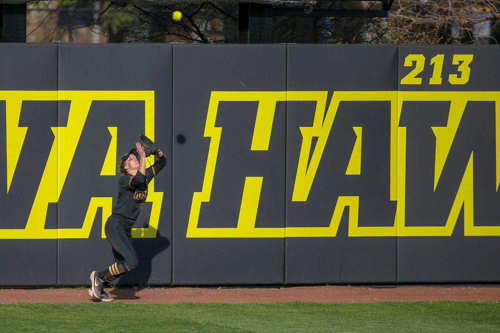 IowaÕs Havyn Monteer (21) at softball vs Illinois game 3 on Saturday, April 13, 2019 at Bob Pearl Field. (Lily Smith/hawkeyesports.com)