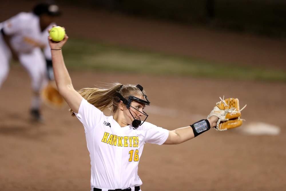 Iowa Hawkeyes Sarah Lehman (16) against Western Illinois Wednesday, March 27, 2019 at Pearl Field. (Brian Ray/hawkeyesports.com)