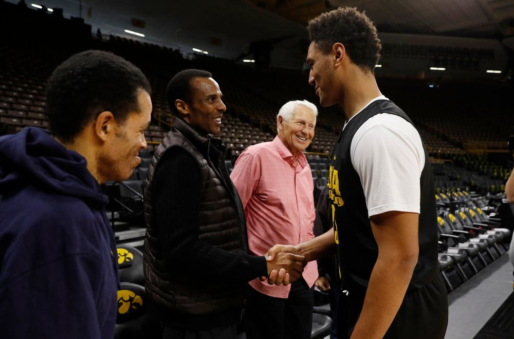 Lute Olson, Ronnie Lester, and Cordell Pemsil
