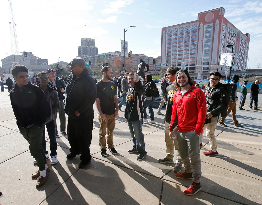 Fans outside the Scottrade Center