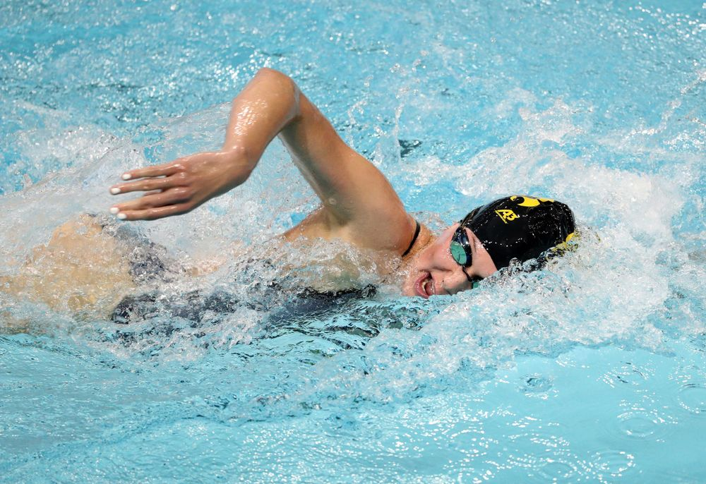 IowaÕs Allyssa Fluit competes in the 200 yard freestyle against Notre Dame and Illinois Saturday, January 11, 2020 at the Campus Recreation and Wellness Center.  (Brian Ray/hawkeyesports.com)