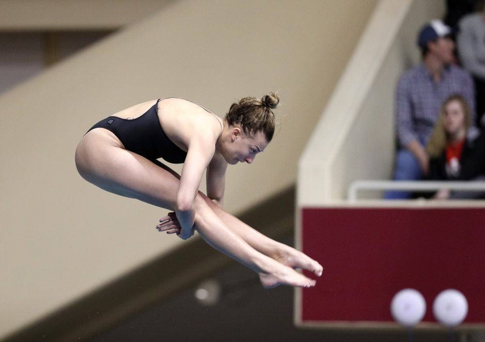 Iowa's Sam Tamborski competes on the 1-meter springboard during the 2019 Women's Big Ten Swimming and Diving meet Thursday, February 21, 2019 in Bloomington, Indiana. (Brian Ray/hawkeyesports.com)