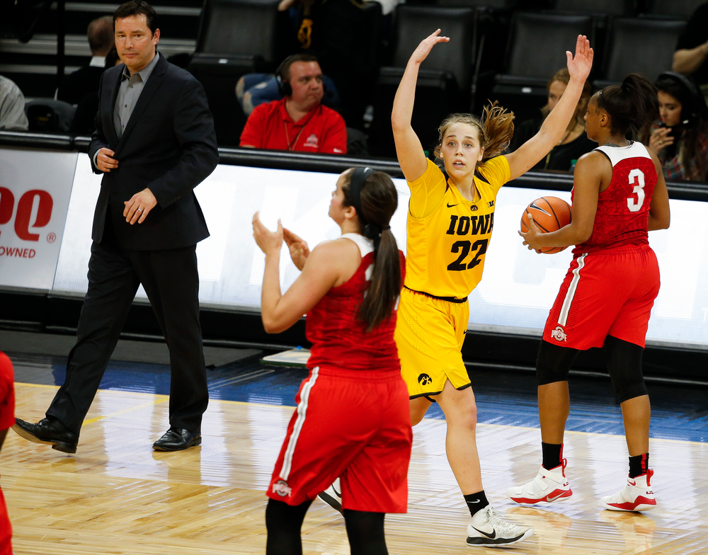 Iowa Hawkeyes guard Kathleen Doyle (22) pumps up the crowd on her way to the bench during a game against the Ohio State Buckeyes at Carver-Hawkeye Arena on January 25, 2018. (Tork Mason/hawkeyesports.com)