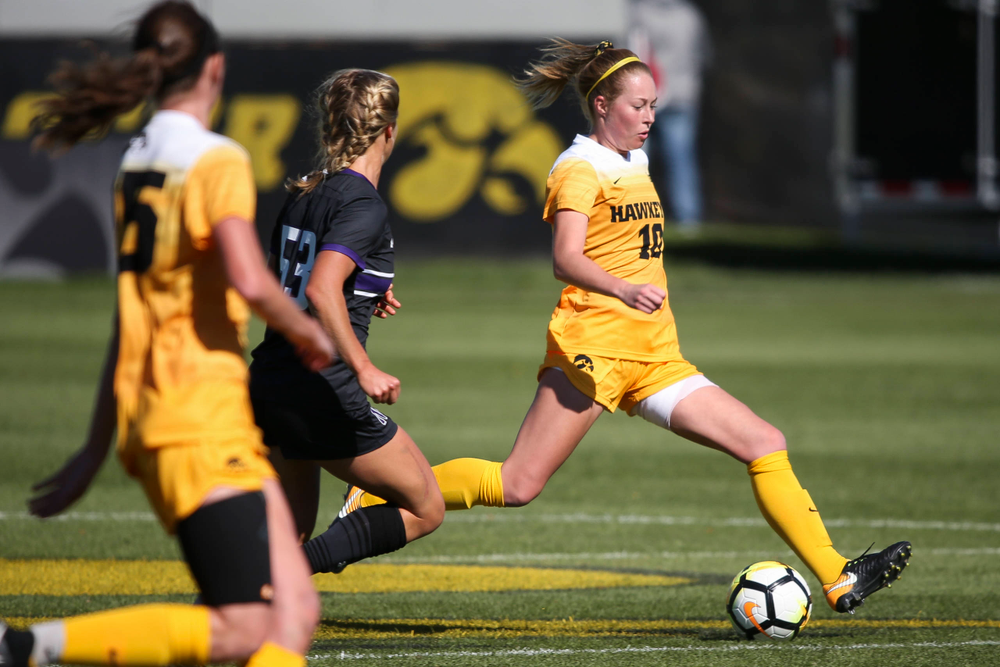 Iowa Hawkeyes midfielder Natalie Winters (10) passes the ball during a game against Northwestern at the Iowa Soccer Complex on October 21, 2018. (Tork Mason/hawkeyesports.com)