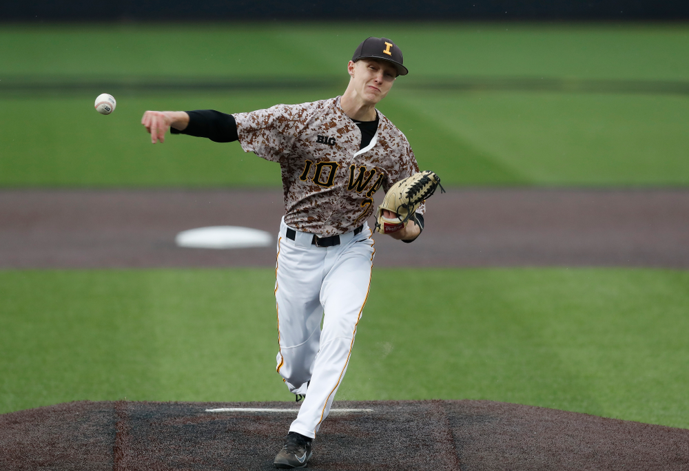 Iowa Hawkeyes pitcher Zach Daniels (2) during a double header against the Indiana Hoosiers Friday, March 23, 2018 at Duane Banks Field. (Brian Ray/hawkeyesports.com)