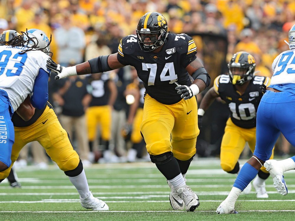Iowa Hawkeyes offensive lineman Tristan Wirfs (74) looks to block during the first quarter of their game at Kinnick Stadium in Iowa City on Saturday, Sep 28, 2019. (Stephen Mally/hawkeyesports.com)