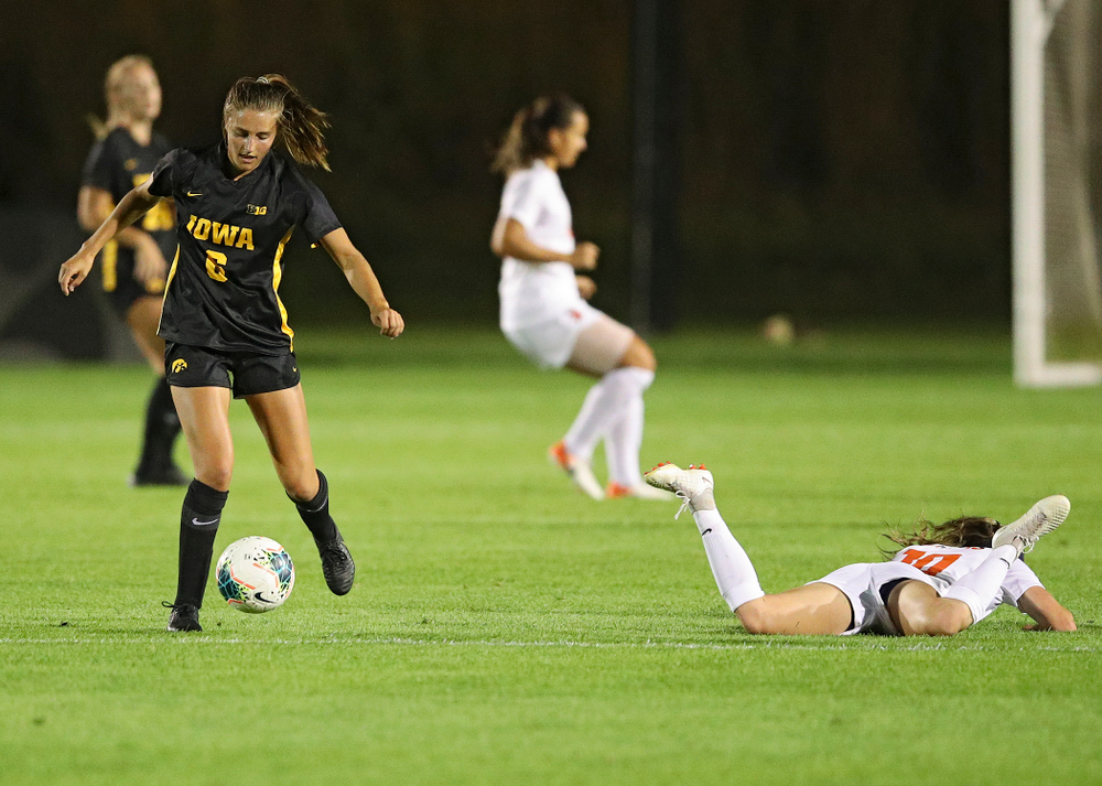 Iowa midfielder Isabella Blackman (6) moves with the ball during the first half of their match against Illinois at the Iowa Soccer Complex in Iowa City on Thursday, Sep 26, 2019. (Stephen Mally/hawkeyesports.com)